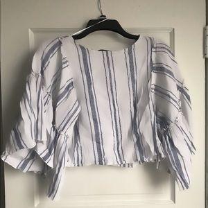 Bell sleeved striped shirt